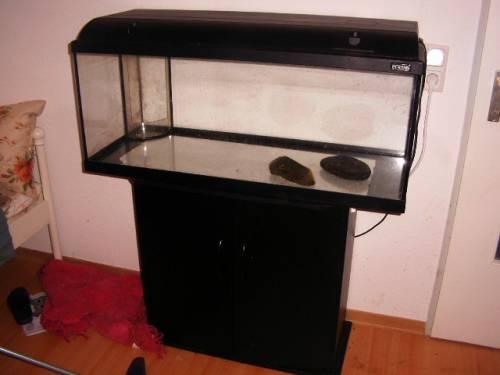Liter aquarium mit unterschrank von waterhome for Waterhome aquarium